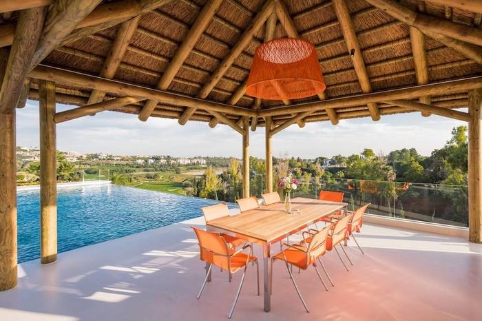 Hus till salu in Los Flamingos  Benahavis 5 sovrum