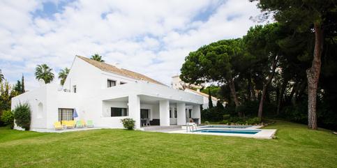 Villa for rent in Puerto Banus 5 beds