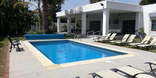Продается дом в  Нагуелес Коста дель Соль 10 спален