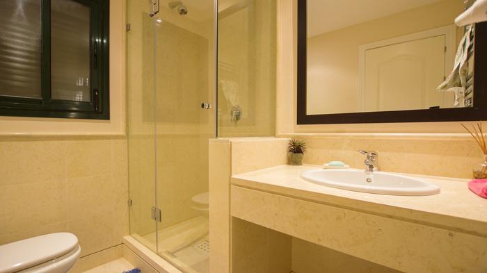 Lägenhet säljes i Capanes del Golf Benahavis 2 sovrum
