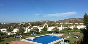 Lägenhet till salu i Los Arqueros Benahavis 2 sovum