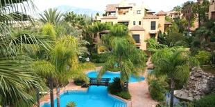 Apartment for sale in El CAmpanario New Golden Mile 2 beds