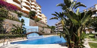 Apartment in Senorio de Aloha  Marbella 2 beds