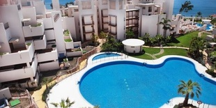 Front line beach apartment  Bahia de la Plata New Golden Mile