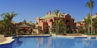 Apartment in Puerto Banus Marbella Costa del Sol 2 beds