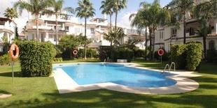 Apartment for sale Los Naranjos Puerto Banus Marbella 3 beds