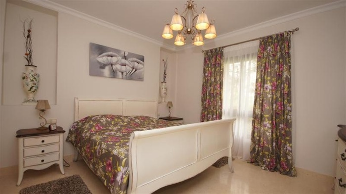 Продаеся квартира Capanes del Golf Коста дель Соль  3 спальни