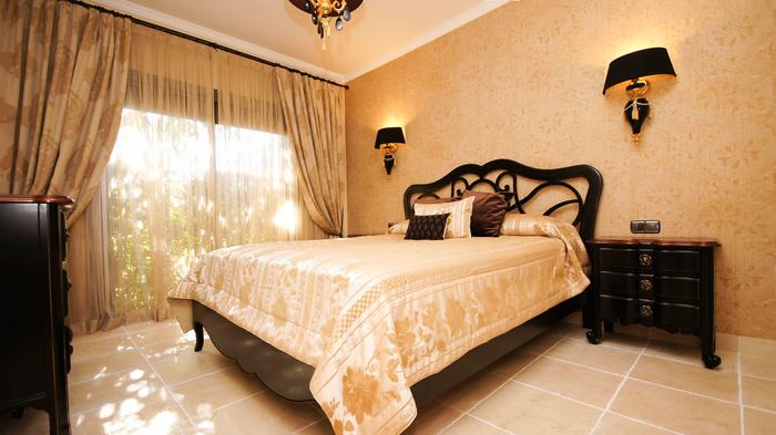 Nyrenoverad lägenhet i Benatalaya Benahavis 3 sovrum