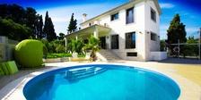 Villa for sale in  San Pedro de Alcantara Marbella 4 beds