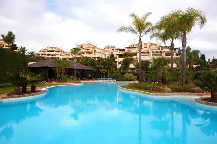 Takvåning i Capanes del Golf  Benahavis Costa del Sol 3 sovrum