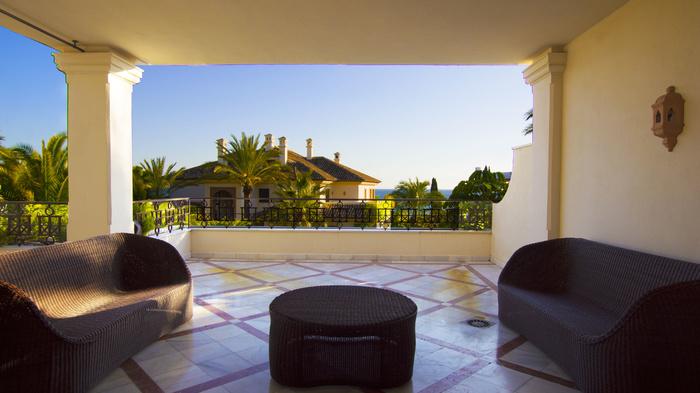 Lägenhet till salu i Los Monteros Playa Marbella