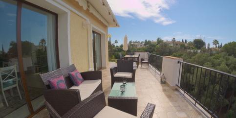 Villa for rent in El Rosario Marbella 5 beds