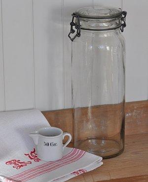 Hög glasburk från Surte