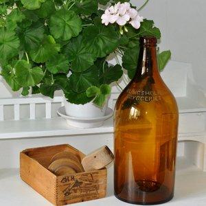 Gammal stor flaska