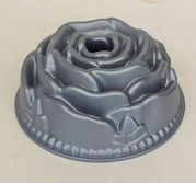 Detaljrik tårtform av ros m tub 2,5 L