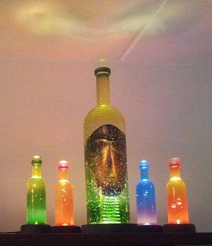 Celebrate Vin Flaska Röd - Kosta Boda