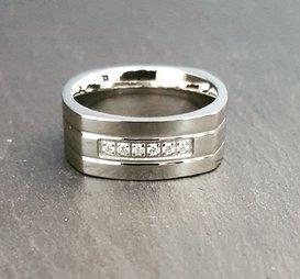 Ring Hilda