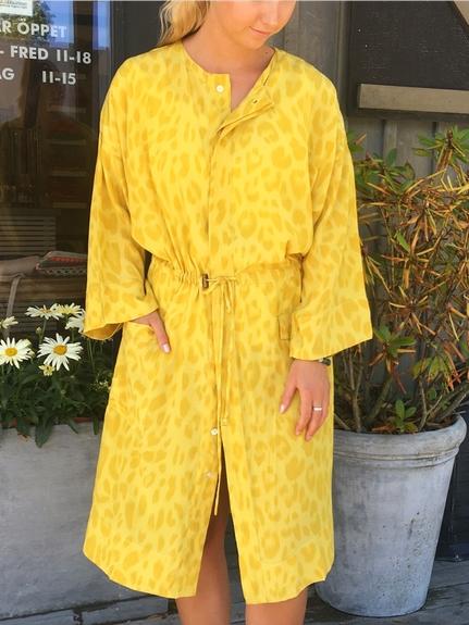Barbette Bright Leopard Kimono
