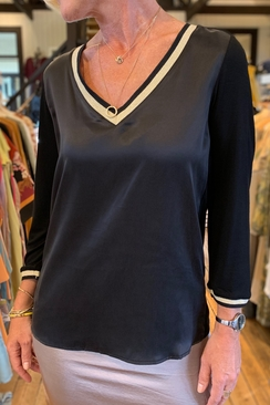 Silke blouse V-neck 3/4 sleeve