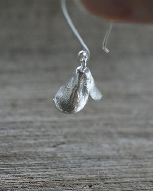 Fingerprint Pods Single Follicle Earrings