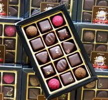 Pralinask - 15 praliner doppade i mörk choklad
