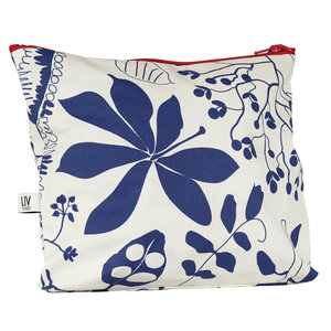 Oilcloth Toiletry Bag Livstycket comes into bloom