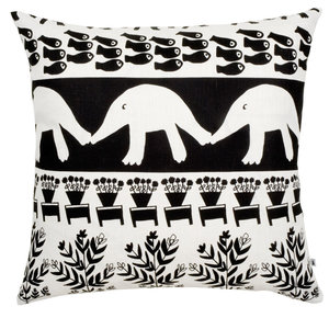 Cushion Cover The hedgehog and the fish 70x70