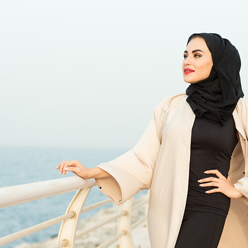 DUBAI ABAYAS Find your new favorite