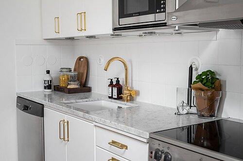 Mässingshandtag Moderna handtag till köket