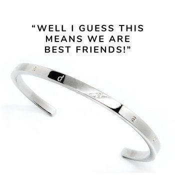 """Stelt armband med text """"Well I guess this means we are best friends"""", stål 