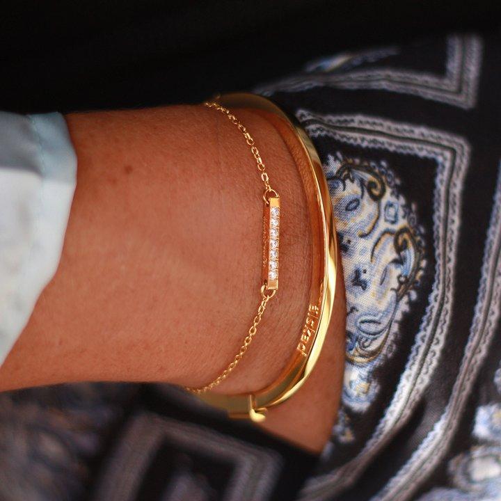 Armband med gravyr