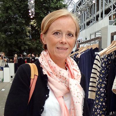 Jag heter Charlotte Jacobsson Sekund och är femte generationen Jacobsson  att arbeta med textil 35d4f1e8a2591