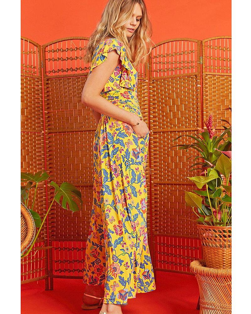 cb515bb3cf0b Klä dig snyggt och ledigt i en av våra fina klänningar.