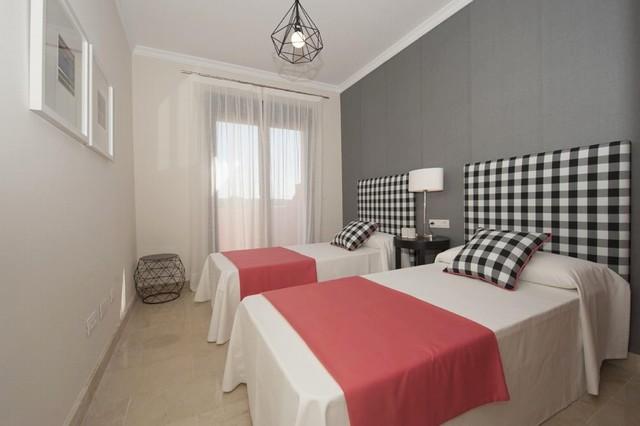 Radhus till salu i Estepona Costa del Sol 4 sovrum