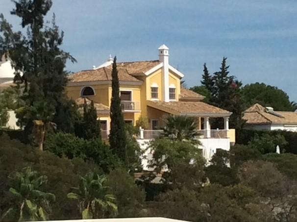 Villa till salu i  El Paraiso Estepona 6 sovrum