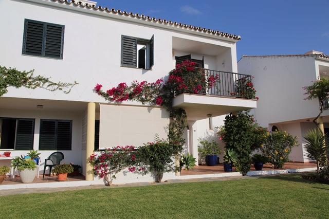 Townhouse for sale in Atalaya Estepona 3 bed