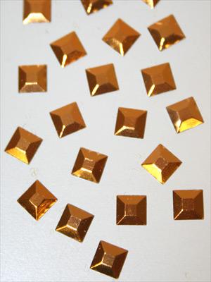 FYRKANTER- guld,  5 mm, 100 st
