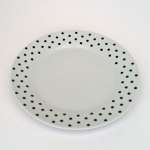 Mattallrik 23 cm svarta prickar