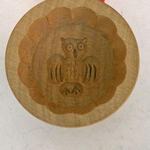 Smörstämpel i trä uggla diameter 6 cm