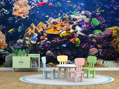 Häftig akvariebild i barnrum