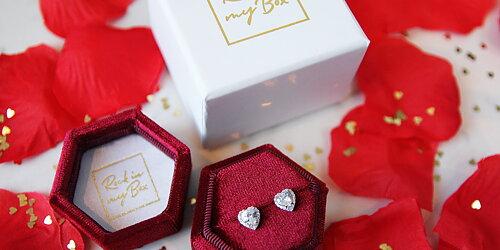 Lyxigare present  Passar även örhängen och andra smycken
