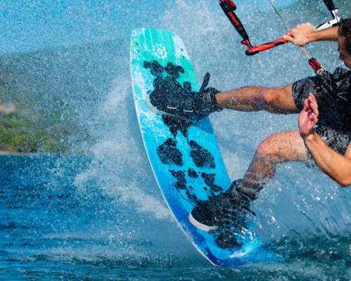 Kitesurfbrädor Twintips & Surf