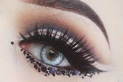 Färgade Linser Täcker även bruna ögon