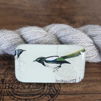 Magpie storage tin small