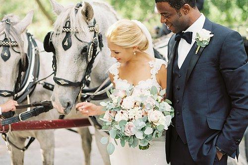 Bröllop  för blomstrande kärlek